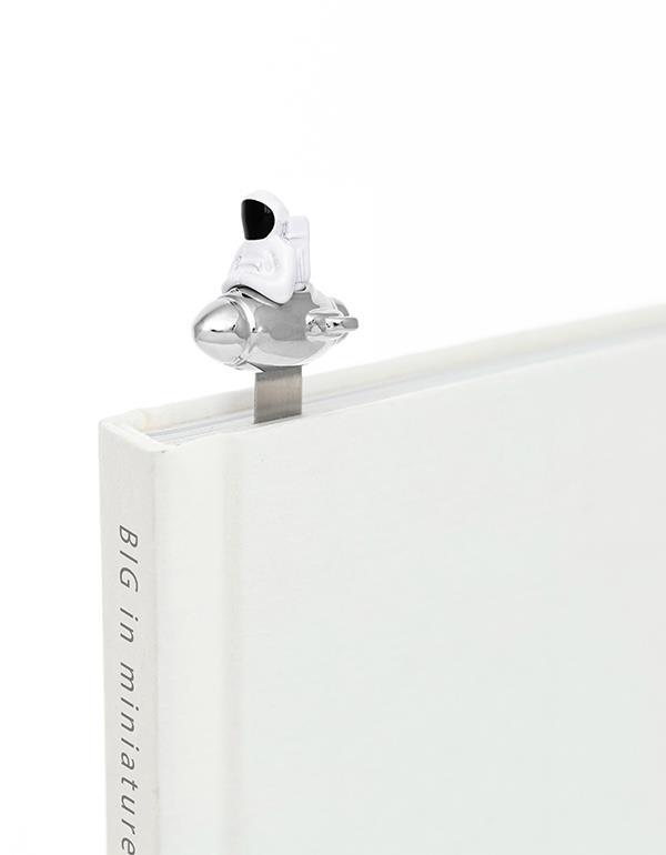 bookmark astronaut white metalmorphose mtmb231 1