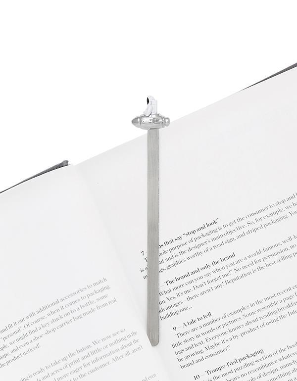 bookmark astronaut white metalmorphose mtmb231 3