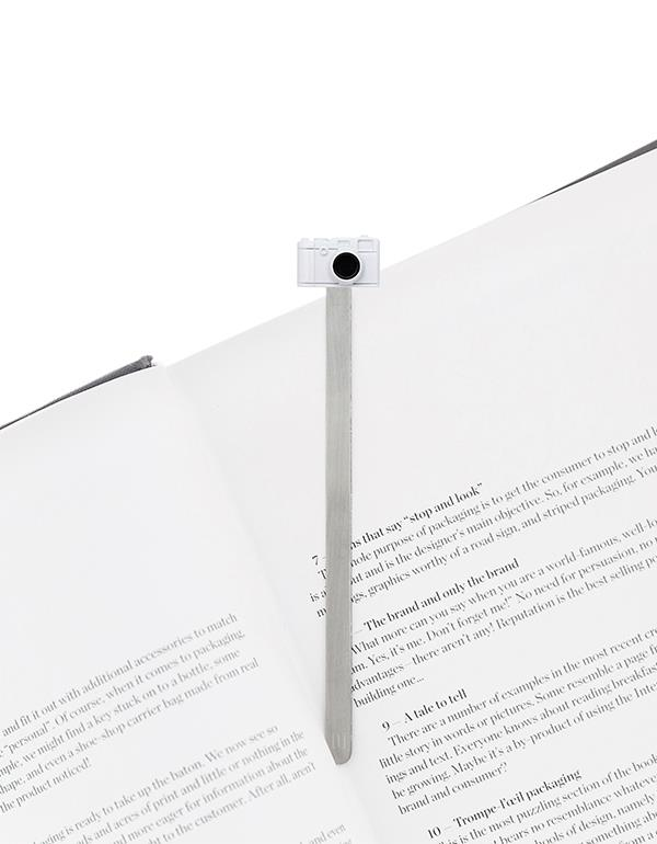 bookmark camera white metalmorphose mtmb229 4